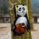 木に描いた動物たち
