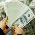 お金で幸福を購入することができるのか?