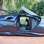 シボレーをベースにした近未来っぽい車がなかなかふむふむ
