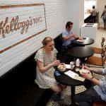 シリアルで有名なケロッグがシリアルカフェをタイムズスクエアに出店しました。