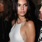 19歳モデルのセクシードレス